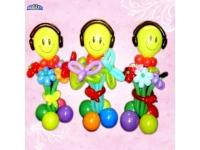 Фигуры из шаров. Смайл в наушниках, с цветами