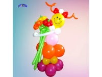 Фигуры из шаров. Девочка - смайл с цветами, на подставке